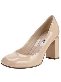 clarks-gabriel-mist-block-heeled-court-shoes-nude