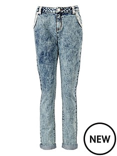 freespirit-pearl-detail-girlfriend-jeans