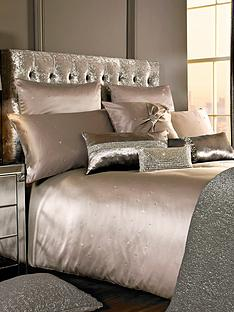 kylie-minogue-miriana-bedding-range