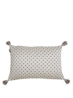 picardie-tassled-boudoir-cushion