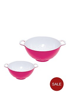 colourworks-2-piece-two-tone-melamine-colanders-pink