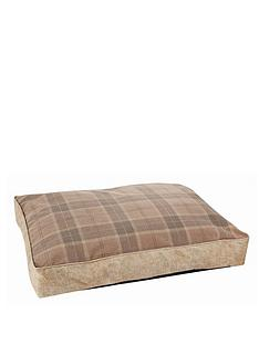 large-tartan-pet-bed