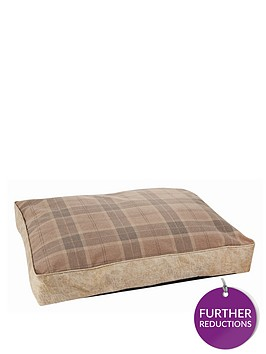 large-tartan-pet-bed