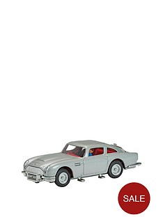 corgi-james-bond-aston-martin-db5