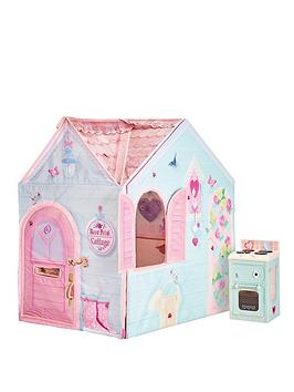 Dream Town Rose Petal Cottage