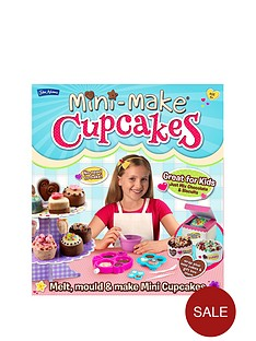 john-adams-mini-make-cupcakes