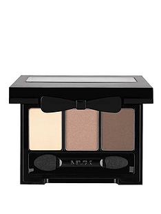 nyx-love-in-rio-eye-shadow-palette-barefoot-in-the-sand