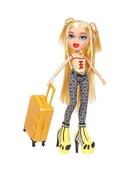 bratz-study-abroad-doll-cloe-to-china