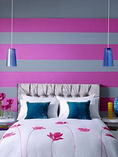 julien-macdonald-glitz-wallpaper-greyfuchsia