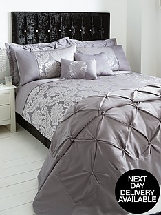 boston-duvet-cover-set-and-pillowcase-set-silver