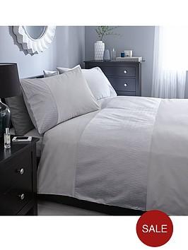 heat-set-panel-duvet-cover-and-pillowcase-set