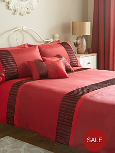 velvet-panel-duvet-cover-set-red