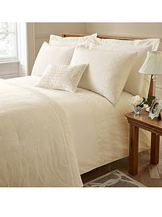 catherine-lansfield-windsor-duvet-cover-set