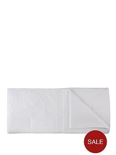 catherine-lansfield-windsor-bedspread