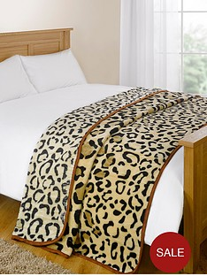 fleece-throw-leopard-mink