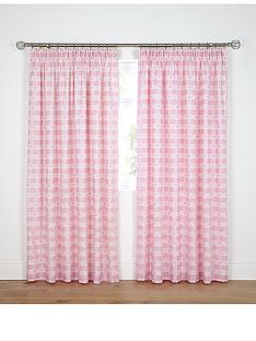 hearts-and-gingham-curtains