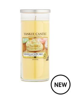 yankee-candle-large-deacutecor-pillar-vanilla-cupcake