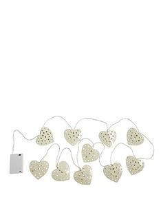 string-lights-metal-hearts