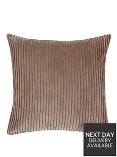 hamilton-mcbride-jumbo-cord-cushion