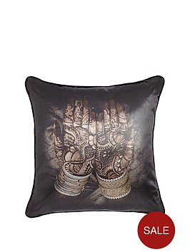 henna-hands-cushion