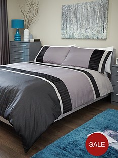 velvet-panel-duvet-cover-set