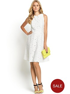large-lace-dress-with-collar