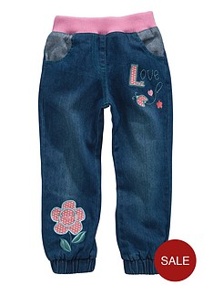 girls-love-embroidered-jeans