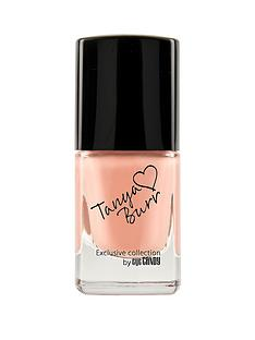 tanya-burr-nail-polish-peaches-and-cream