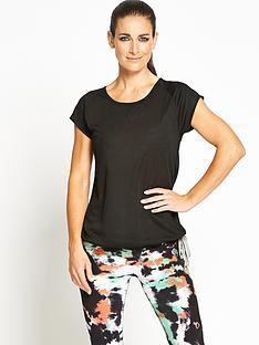 activewear-raglan-t-shirt
