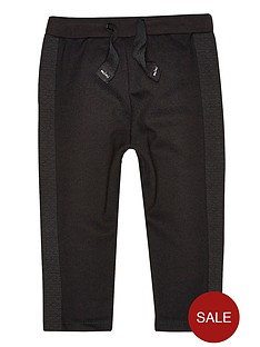 river-island-mini-boys-skinny-jog-quilted-panel-pants