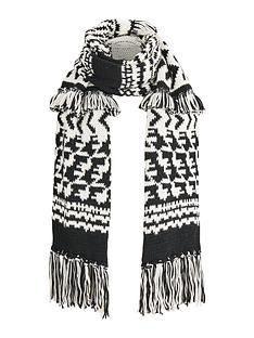 v-by-very-fringe-amp-tassel-oversized-chunky-knit-scarf