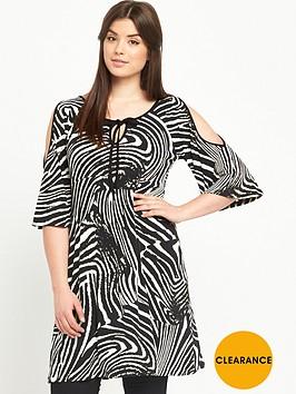 so-fabulous-mono-print-cold-shoulder-tunic-top