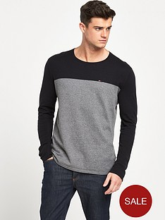 hilfiger-denim-small-logo-contrast-jumper