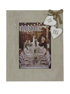 mr-amp-mrs-wooden-8x10-inchnbspphoto-frame-with-hearts