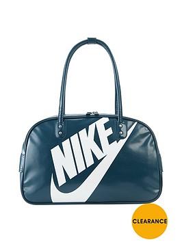nike-heritage-shoulder-bag