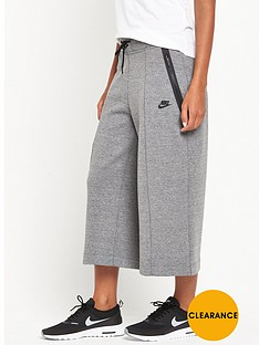 nike-tech-fleece-culotte