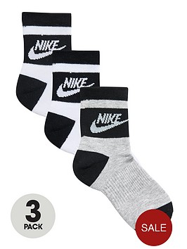 nike-stripe-low-sock-3-pack