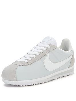Nike Classic Cortez 15 Nylon Fashion Shoe  Silver