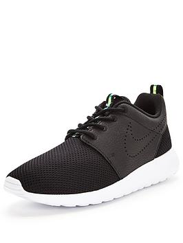 Nike Roshe One Premium Fashion Shoe