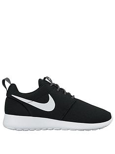 nike-roshe-one-fashion-shoe