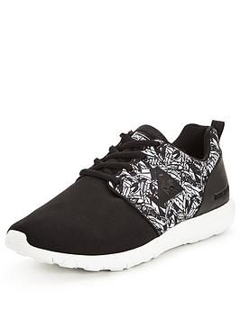 le-coq-sportif-dynacomf-feathers