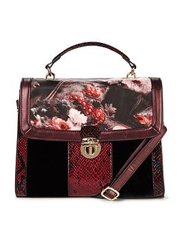 joe-browns-chic-and-unique-bag