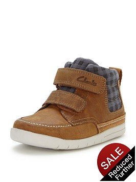 clarks-crazy-ben-first-strap-bootsbr-br-width-sizes-available