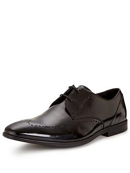 Clarks Bampton Limit Formal Shoe  Black