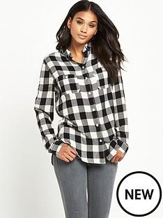 levis-levis-boyfriend-check-shirt