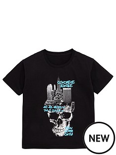 v-by-very-new-york-skull