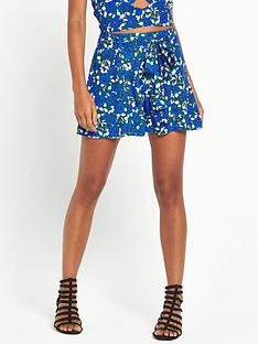 miss-selfridge-blue-floral-swing-short