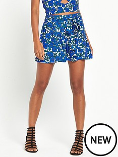 miss-selfridge-miss-selfridge-blue-floral-swing-short