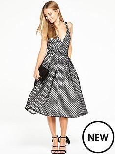 the-8th-sign-pentagon-full-skirt-dress