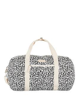 myleene-klass-leopard-print-holdall